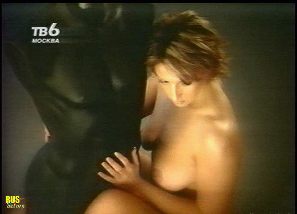 eroticheskie-foto-a-smehovoy