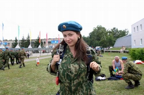 Любовь Тихомирова в передаче Армейский магазин Фото_Частные фото-обои